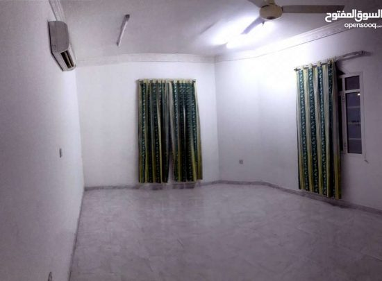 Apartment and large studio in Al Ghubrah opposite March 18th
